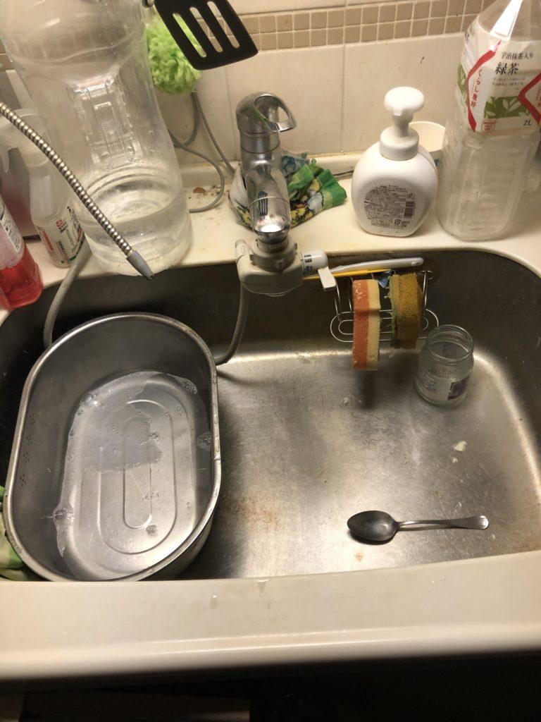 小山市でキッチンの水漏れ修理を行いました。