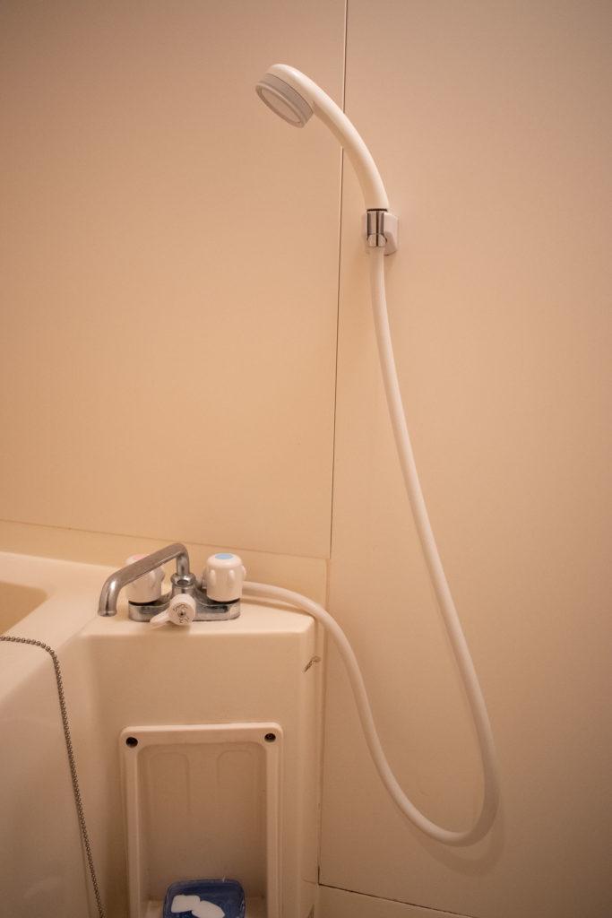 栃木県鹿沼市でお風呂の蛇口水漏れ修理を行いました。